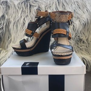 Mossimo Tebbe Wedges